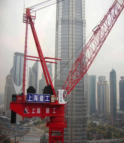 中升建机塔机zsl2700参建上海中心大厦吊装顺利